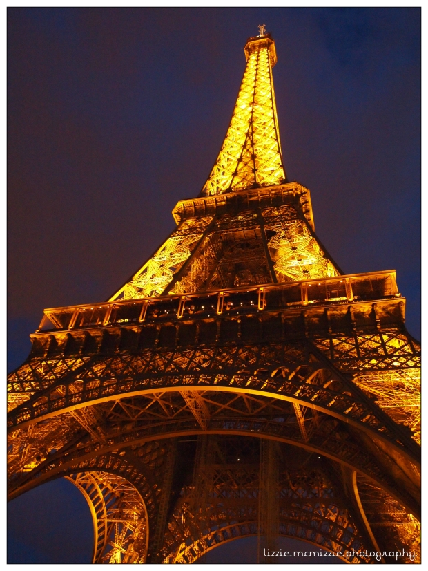 eiffel tower watermarked 02