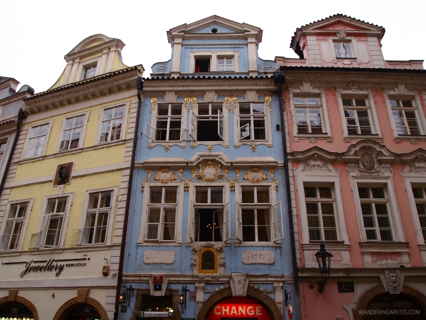 PRAGUE BUILDINGS